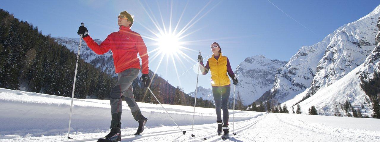Rund um den Achensee und in die Karwendeltäler hinein bieten sich traumhafte Langlaufmöglichkeiten, © Achensee Tourismus