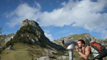 The Gschöllkopf mountain (2,039 metres) with its viewing platform, © Tirol Werbung/Jens Schwarz