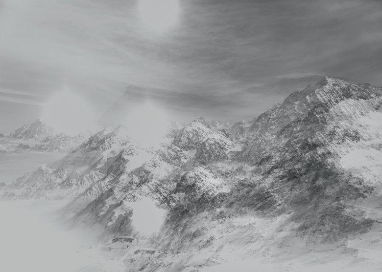 Dünner Wolkenschleier am Stubaier Gletscher. Der irritierende Effekt kommt daher, dass der Fotograf dieses Bild mehrfach belichtet hat.