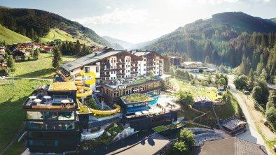 Almhof Family Resort & SPA im Sommer