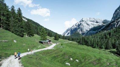 Wandern klein, © Olympiaregion Seefeld