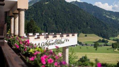 Söll_Hotel_AlpenSchlössl_Aussicht_WilderKaiser, © Hotel AlpenSchlössl/Hans Ager