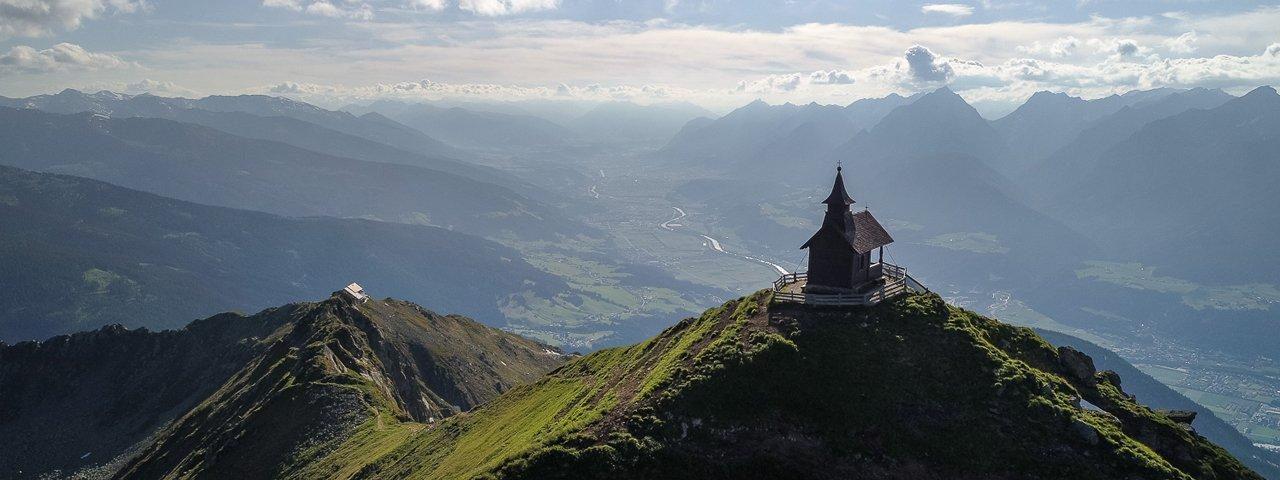 Ausblick von der Kellerjochkapelle oberhalb der Kellerjochhütte, © TVB Silberregion Karwendel