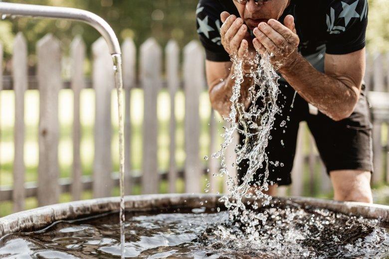 Radonhaltiges Wasser hilft bei Hautproblemen. © Rudi Wyhlidal